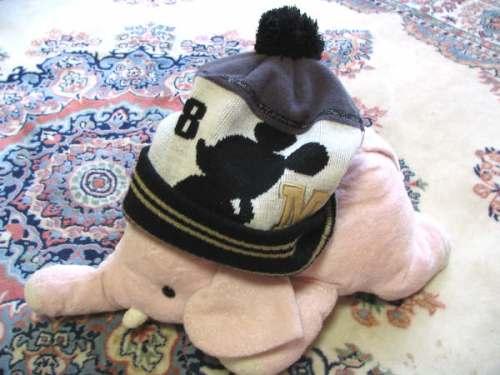 総立ち防止の帽子